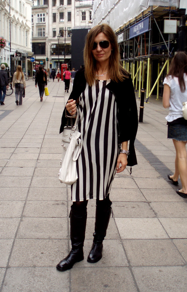 stripey_dress_AD_boots_sm