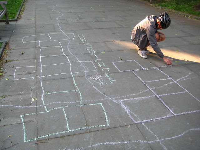 db and his madd hopscotch drawing skillz