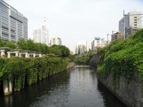 水道橋からお茶の水方面を望む01.JPG