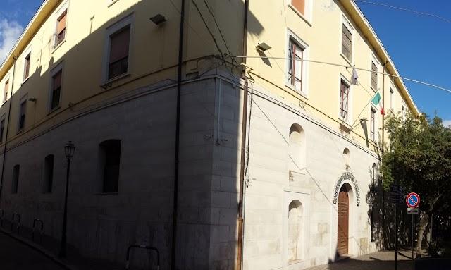 Un grande polo di uffici pubblici nel cuore della città. E' quello che diventerà il complesso edilizio Santa Chiara