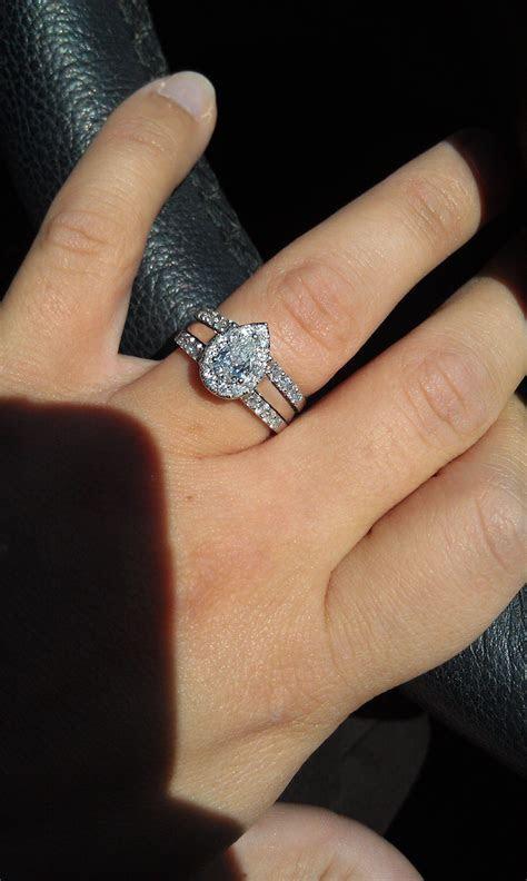 pear shaped diamond engagement rings   All things wedding