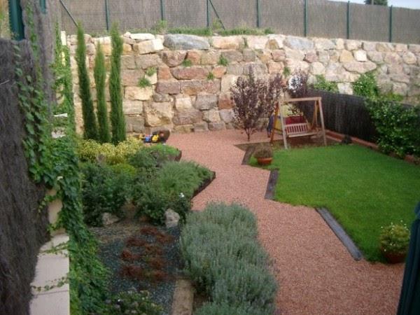 Los elementos de un jard n jardines peque os con piedras - Elementos decorativos para jardin ...