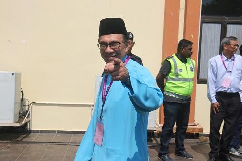 Anwar PM pas hancur