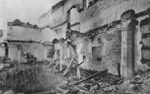Convento de San Juan de la Penitencia tras ser incenciado en la Guerra Civil
