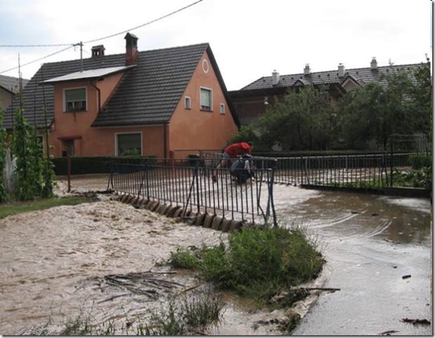 Bela poplavlja