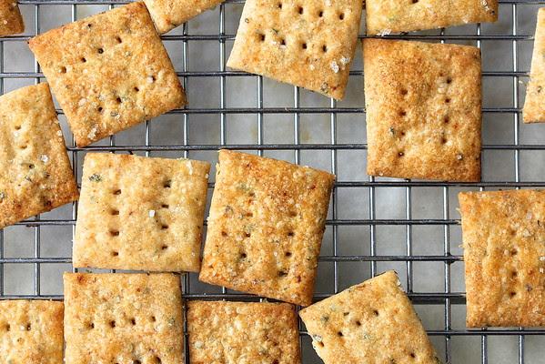 Sourdough Crackers | The Leftover Sourdough Starter Dilemma from Karen's Kitchen Stories