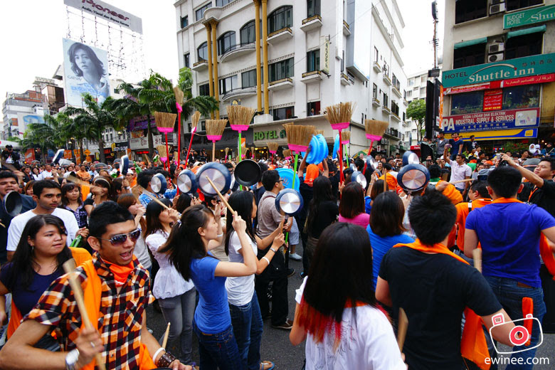TM-EveryoneConnects-Jalan-Bukit-Bintang-FlashMob2
