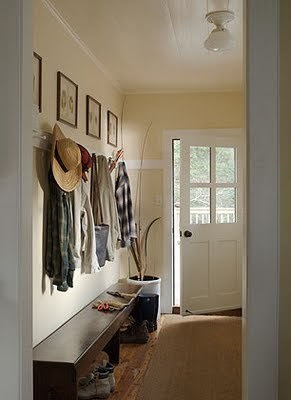 ignite light (moodsofthemoon: farmhouse entryway with bench)