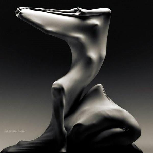Astonishingly Life-Like Figuratives Sculptures (7)