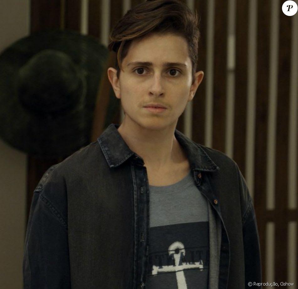 Na novela 'A Força do Querer', Ivan (Carol Duarte) leva surra de homofóbicos e sofre aborto