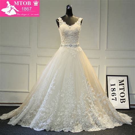 New Design A Line Lace Wedding Dresses 2017 V Neck Beaded