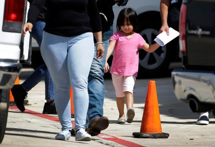 AP niños migrantes detenidos.jpg
