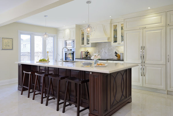 Traditional Kitchen by ATD Contracting Services Inc.