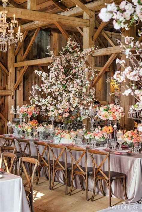 Stunning Ontario Wedding with Rustic Barn Reception
