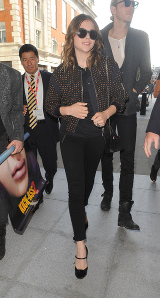 Chloe Grace Moretz - Chloe Grace Moretz Leaves Her London Hotel