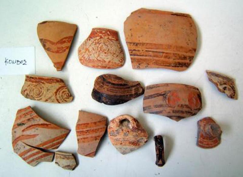 Όστρακα διακοσμημένων αγγείων από την περιοχή της Φαρκαδόνας.