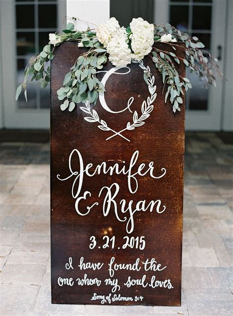 Best 25  Wedding welcome signs ideas on Pinterest   DIY