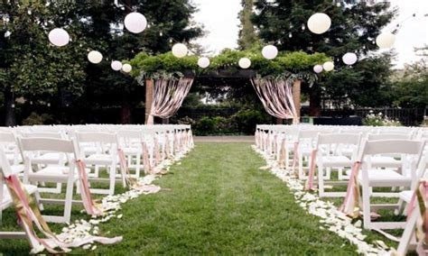 Garden paper lanterns, outdoor wedding ceremony decor