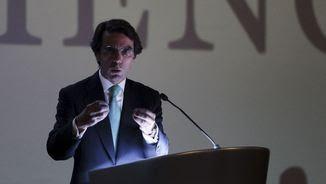 José María Aznar durant una conferència (Reuters)