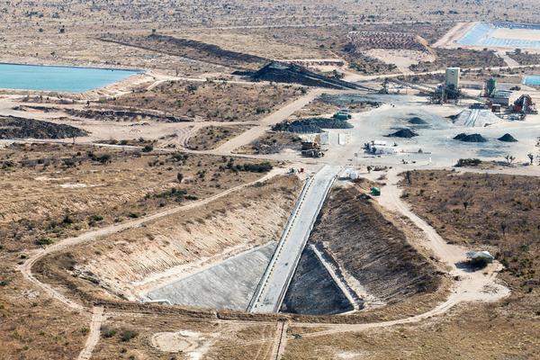 Resultado de imagen para ghaghoo diamond mine
