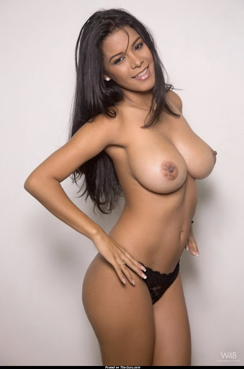 Naked Colombian Women - Hot 12 Pics | Beautiful, Sexiest