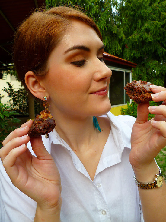 04 April 27 - 03 Simple Vs. Super Sweet Brownies (2)