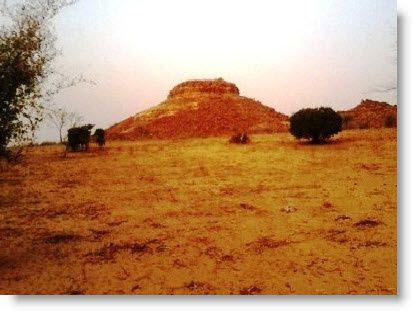 Pyramide-Niger.jpg