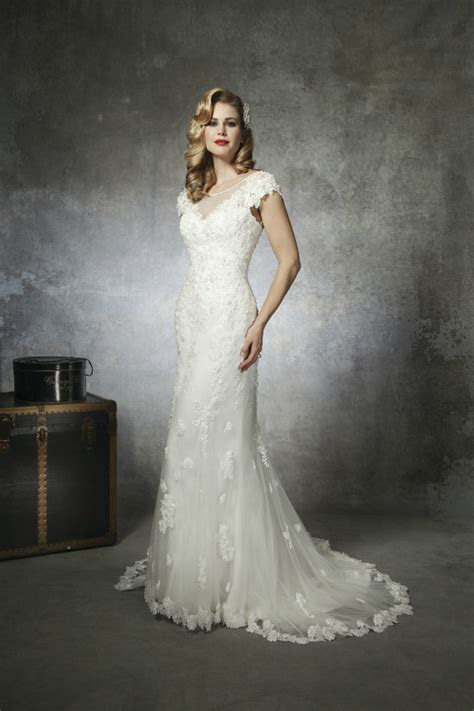 1930s and 1950s Inspired Gorgeous Wedding Dresses
