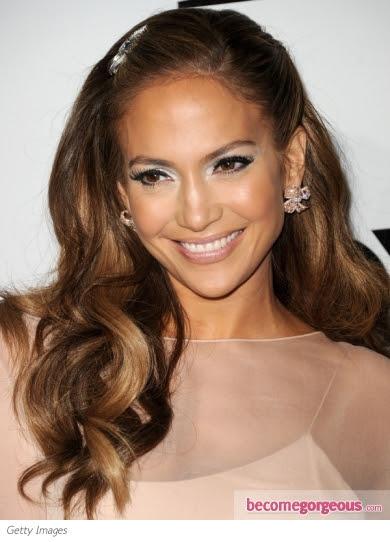 jennifer lopez 2011 hairstyle. Jennifer Lopez Glossy Curls