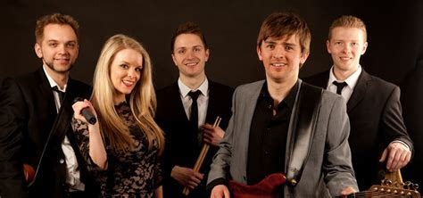 Pop / Rock Cover Wedding Band Hire West Midlands   Recover