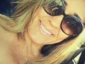 Cristiane passa a ser suspeita de matar o filho e tentar matar o ex-marido (Foto: TV Verdes Mares/Reprodução)