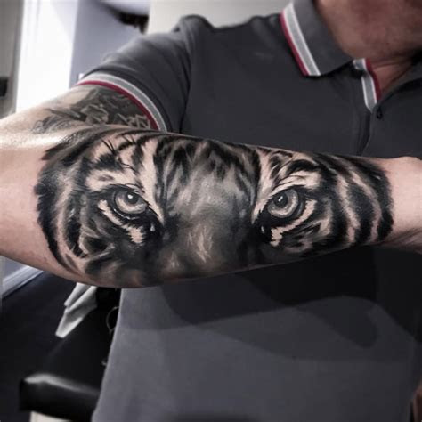 tiger  guys forearm  tattoo design ideas