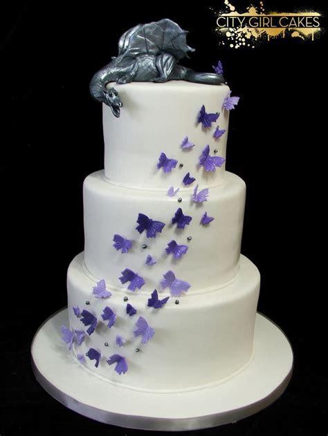 Best 20  Dragon Wedding Cake ideas on Pinterest   Fantasy