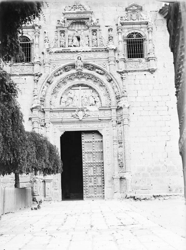 Hospital de Santa Cruz en los años 20. Fotografía de Otto Wünderlich. © Fototeca del Patrimonio Histórico