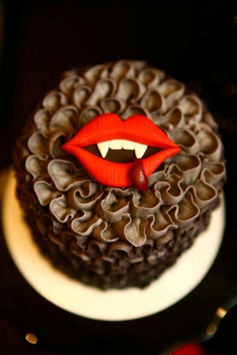 1000  ideas about True Blood Cake on Pinterest   True