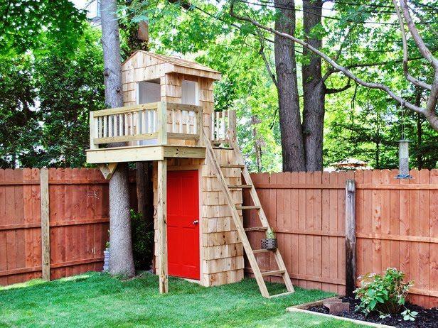Kids Backyard Tree Houses for Small Yards