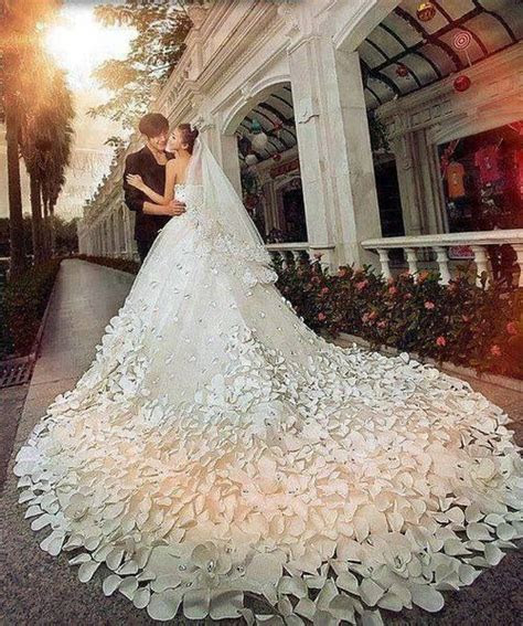 Wedding dress long train   I DO!   Pinterest   Beautiful