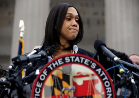 marilyn mosby is a racist and a loser