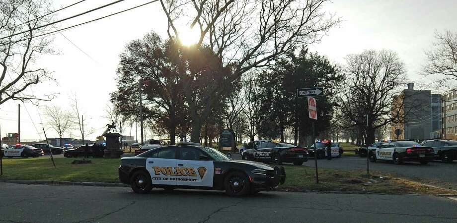 Bridgeport police on the scene of an active crime scene at Seaside Park on Monday, Dec. 4, 2017. Photo: Cedar Attanasion /Hearst Connecticut Media