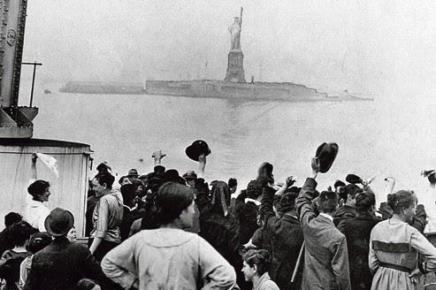 Migranti a Ellis Island