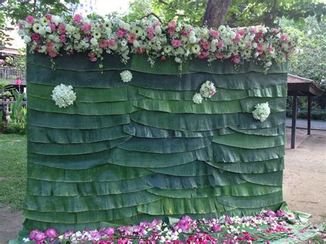 Banana Leaf Flowers Backdrop, so Thais!!   Thai Wedding