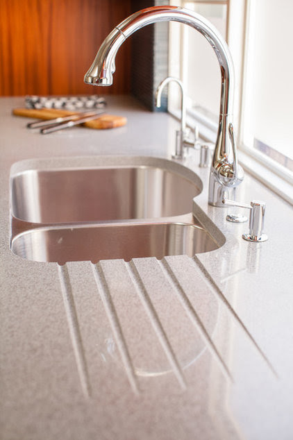 Kitchen Counters: Sturdy, Striking Recycled Glass With Cement