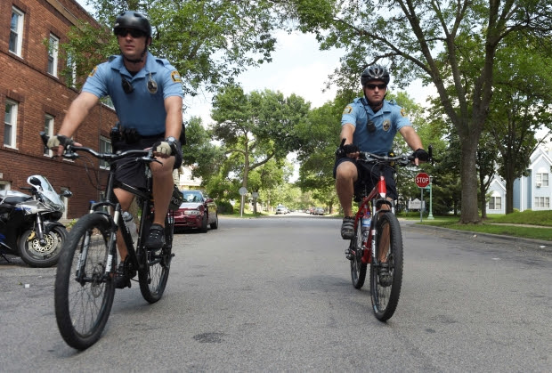 http://www.twincities.com/2016/08/23/stpaul-mn-police-officers-bikes-patrol/