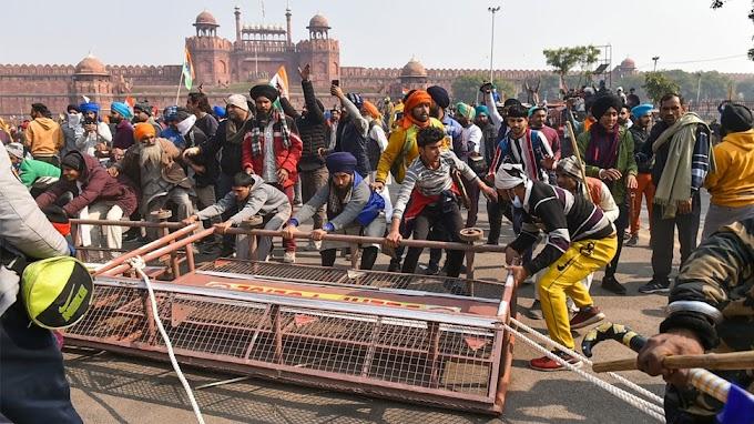 Delhi Violence: 'लाल किले' में पुलिस पर जानलेवा हमला, पढ़िए ये Ground Report