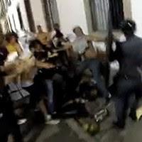 Policial sofre ataque e  é encurralado no Rio (Reprodução/TV Globo)