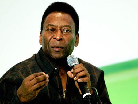 Pelé defende Corinthians como time base para a seleção brasileira