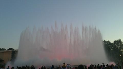 Барселона, Фонтаните пред Националния дворец на площад Испания