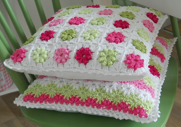 Crochet.  blanket and pillows (6) (700x490, 114Kb)