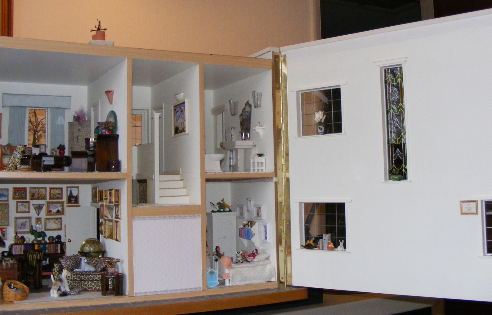 An Art Deco Dolls House Made And Furnished By Artisans By Jazz Dolls Houses Past Present