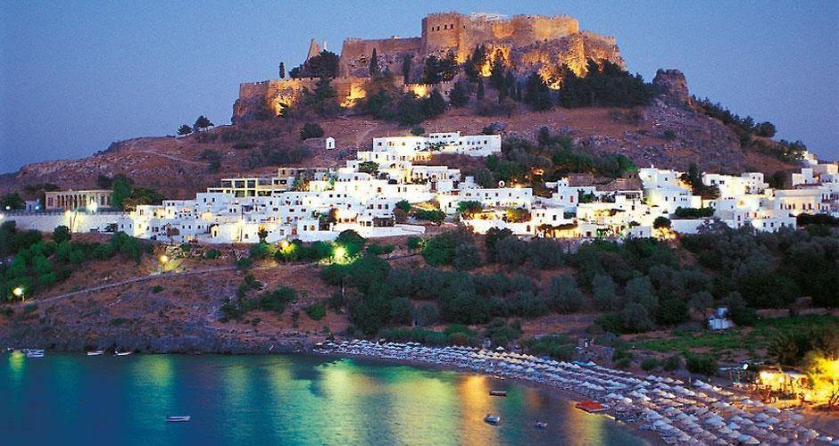 http://villa-elena.lindos.hotels-rhodes.net/data/Photos/940x500/4002/400294/400294128.JPEG